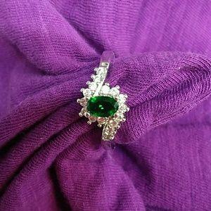 Jewelry - 925 emerald and diamonds ring size 8